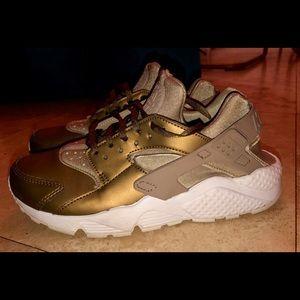 Nike hurachee